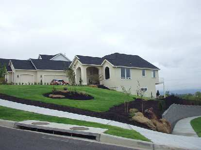 Another nice home, this one with a new Mini! This home is probably worth $700-800k.