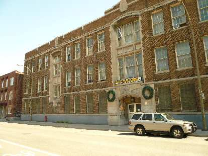 My dad went here -- Baron Byng High School -- for 9th grade in the Mont-Royal area.  Many Canadian luminaries claim it as their alma mater.