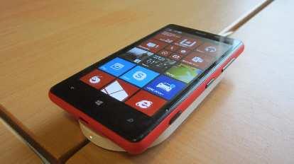 Thumbnail for Related: Nokia Lumia 520 vs. 820 (2014)