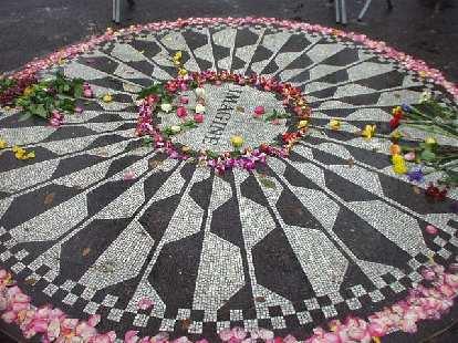 The John Lenon memorial in Central Park.