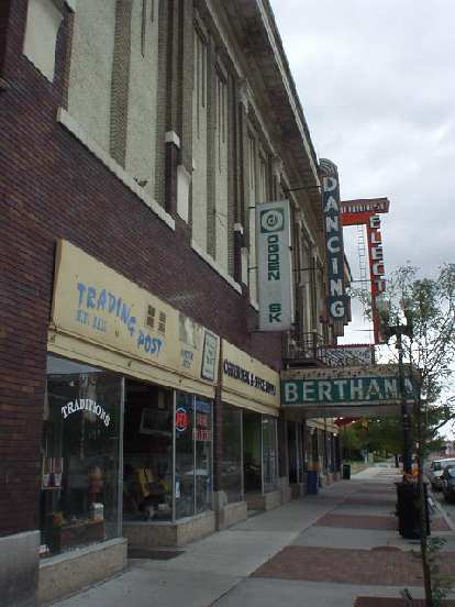 """There were many antique """"trading posts"""" downtown along with live dancing."""