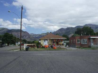 The homes near downtown Ogden tended to be older bungalows and ramblers.