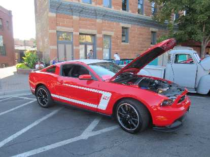 New Ford Mustang Boss 302.