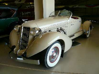 This 1935 Auburn 851 speedster looked fast all right.  With 150 hp, it was the first American stock car to exceed 100 mph for a 12 hour period.  Unfortunately, Auburn could not survive the Great Depression.