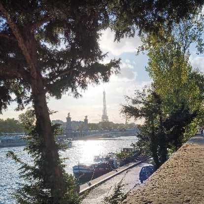 The Eiffel Tower as seen from Port de la Concorde.