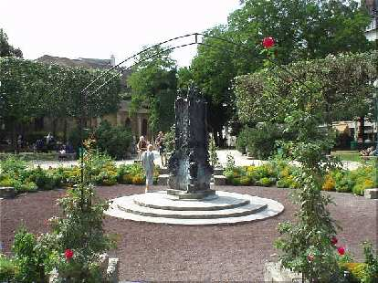 Around the corner from the church of St. Julien-le-Pauvre is this small park..