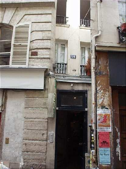This is the skinniest house in Paris, just two windows wide, at #22 rue St. Severin in the Latin Quarter..