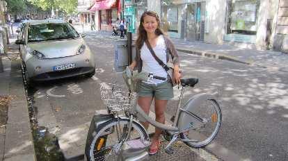 Katia and a Velib' city bike.