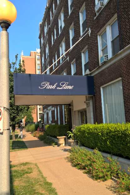 Park Lane apartments, Central West End, St. Louis