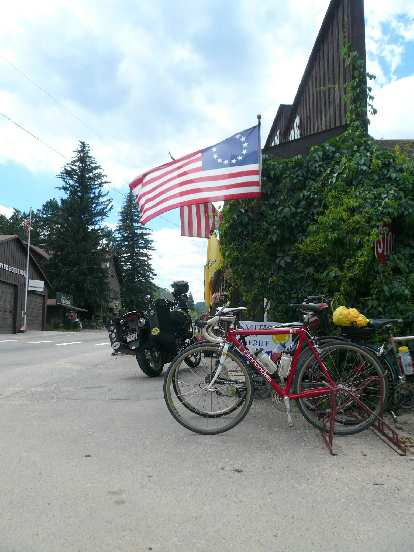 [Mile 92, 12:53 p.m.] At a store in Glen Haven.  Thankfully, most of the ride's 10,600 ft. of climbing was over now.