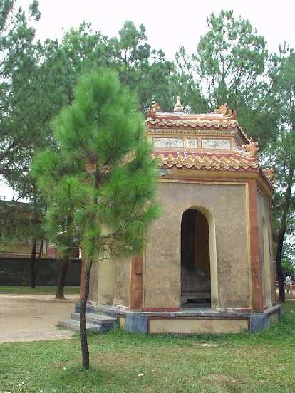 Pagodas around Thien Mu.