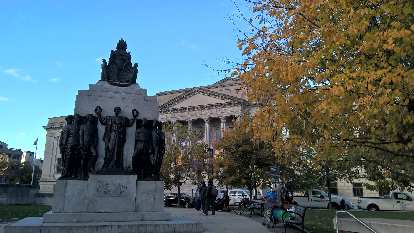 A tribute to colored soldiers with the Academy of Natural Sciences behind.