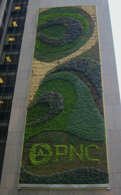The world's largest living greenwall at One PNC Plaza.
