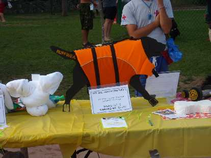 A doggie life vest was being auctioned off.