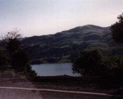 Calaveras Reservoir, foothills