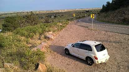 Cool Vanilla 2005 Chrysler PT Cruiser GT overlooking Fort Collins