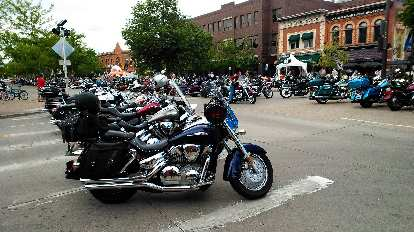 Cruisers on Mountain Ave. in Old Town Fort Collins.
