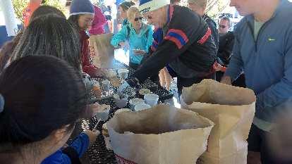 Self-serve bagel breakfast after the 2016 Rolland Moore Park 4k Tortoise & Hare race.