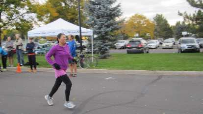 Catherine begins her run.