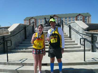 Dan and a fellow Marathon Maniac.
