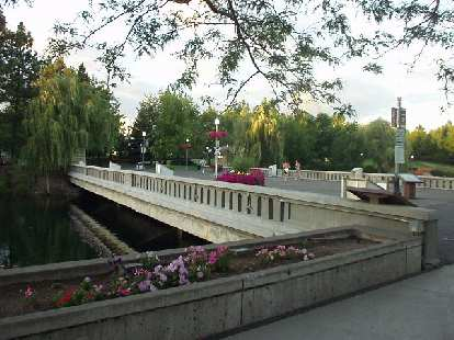 A bridge and flowers at Riverfront Park.