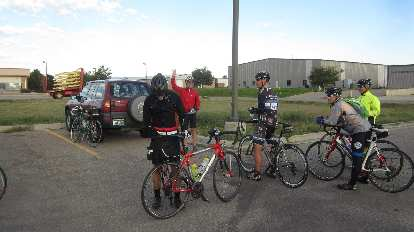 John Lee Ellis makes some quick announcements before the 8:00 a.m. start of the Stove Prairie 200km Brevet.