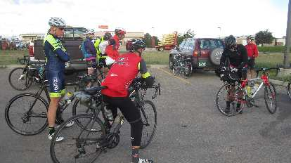 There were about 20 cyclists riding in the September 2016 Stove Prairie 200km Brevet.
