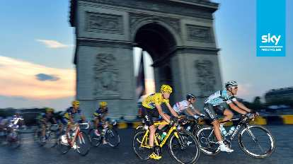 Chris Froome, winner of the 2013 Tour de France, on his yellow Pinarello Dogma 65.1 Think 2.