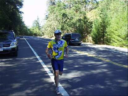 [Mile 6, 1:06 elapsed, 1:36 p.m.] Here's Phil on his first leg.  It was starting to get really hot on this sunny October afternoon.