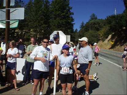 [Mile 166, 22:58 elapsed, 11:28 a.m.] At Saratoga Gap, Manny, Steve, Sharon, and Herb awaited Everitt while Heidi, Lisa and I ate hot dogs.