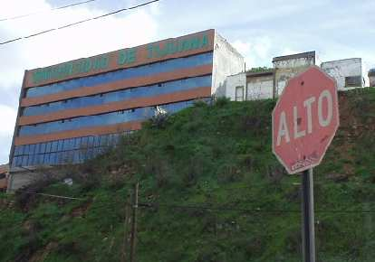 """""""Alto"""" means """"high"""" in Spanish but I guess it means stop as well."""