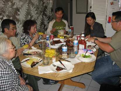 I also visited some family friends in Scarborough, including Paul, Michelle, Thao, Alex, and the grandmother. We had a nice barbecue feast.