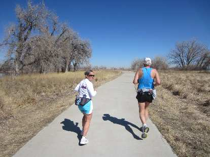 Back on the trail and running to Walmart #3.  I'd run with Alene and Tom for 3 miles before turning around.