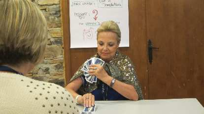 Carmen, director of VaughanTown in Valdelavilla, demonstrating an impressive magic trick.