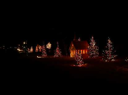 Thumbnail for Related: X-mas Lights Run (2007)