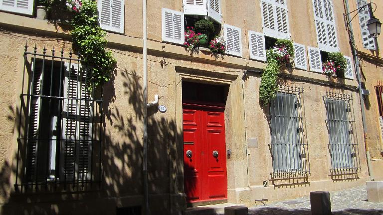 Red doors and flowers.