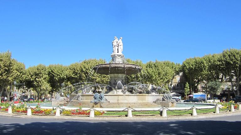 La Rotonde Fountain (1860).