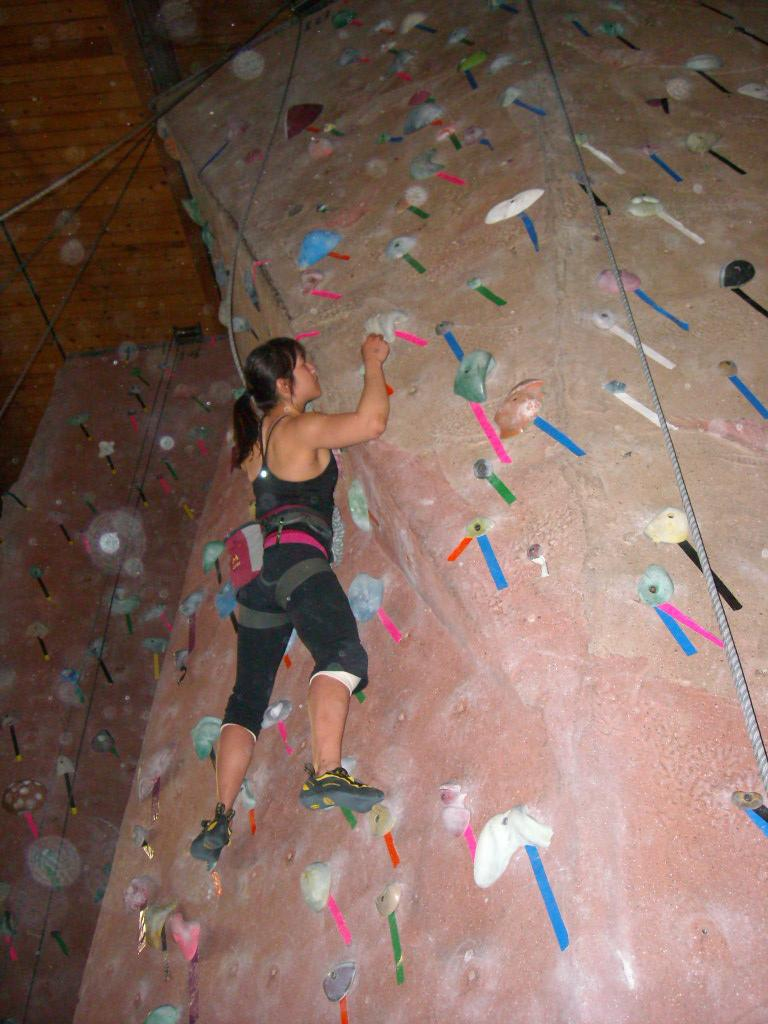 Alyssa higher up on the 5.10.