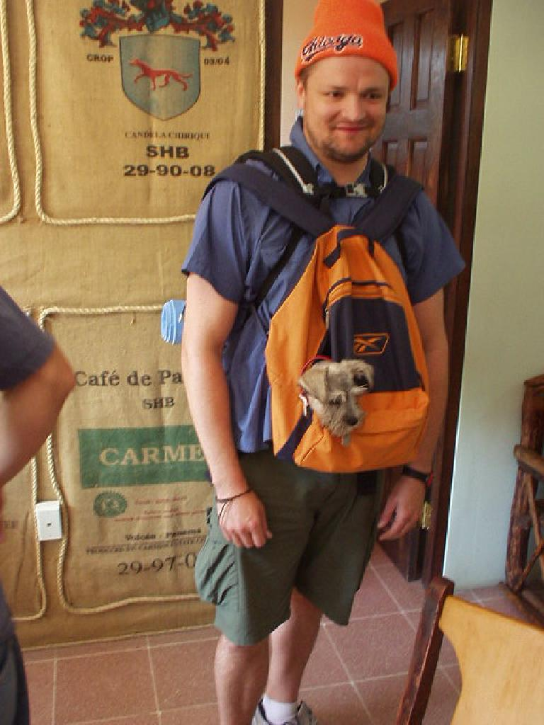 A guy carried this dog in his backpack into the Habla Ya language school. (March 6, 2007)