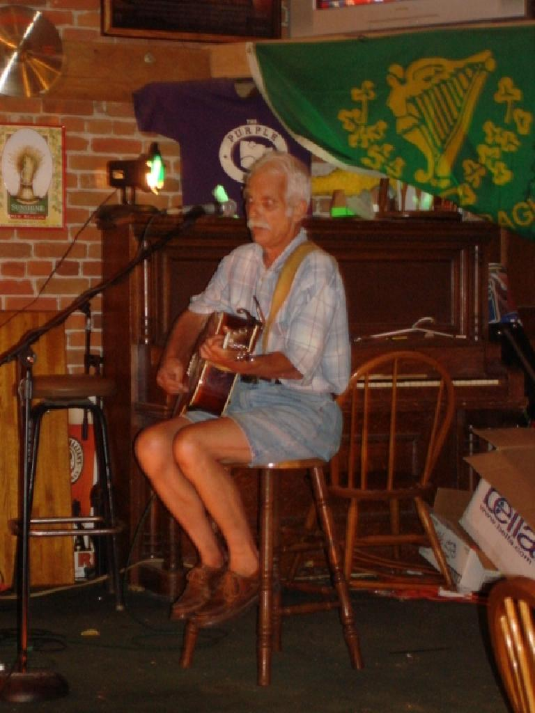 Afterwards we headed over to Lucky Joe's for Open Mic Night. Photo: Ann Podbielski. (July 22, 2007)