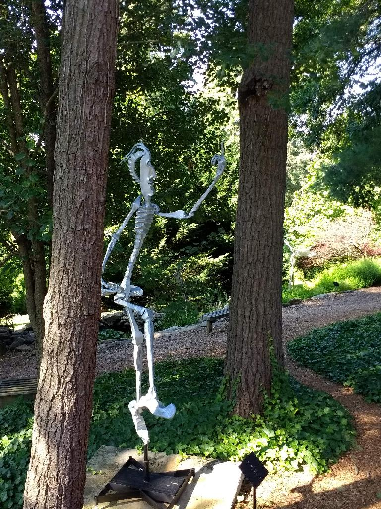 This skeleton outside the Grove Park Inn car museum looked like it was flipping people off.