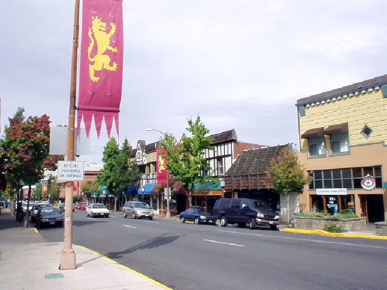 In downtown Ashland, there were Shakespeare signs everywhere since this is the where the famous Shakespeare Festival is located.