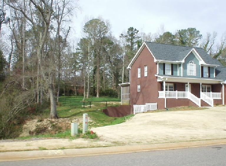 ... to modern Southern-styled homes...