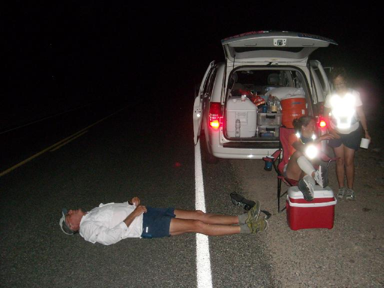 Taking a breather on the last stretch to Badwater. (July 17, 2011)