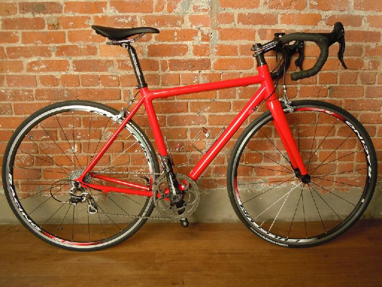 Christopher Fahey's Parlee Z5 which he special ordered in Ferrari Red paint. Photo: RoadBikeReview.com forums.
