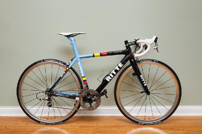 GoSpastic's Ritte Bosberg and its absolutely gorgeous stock paint scheme. Photo: RoadBikeReview.com forums.