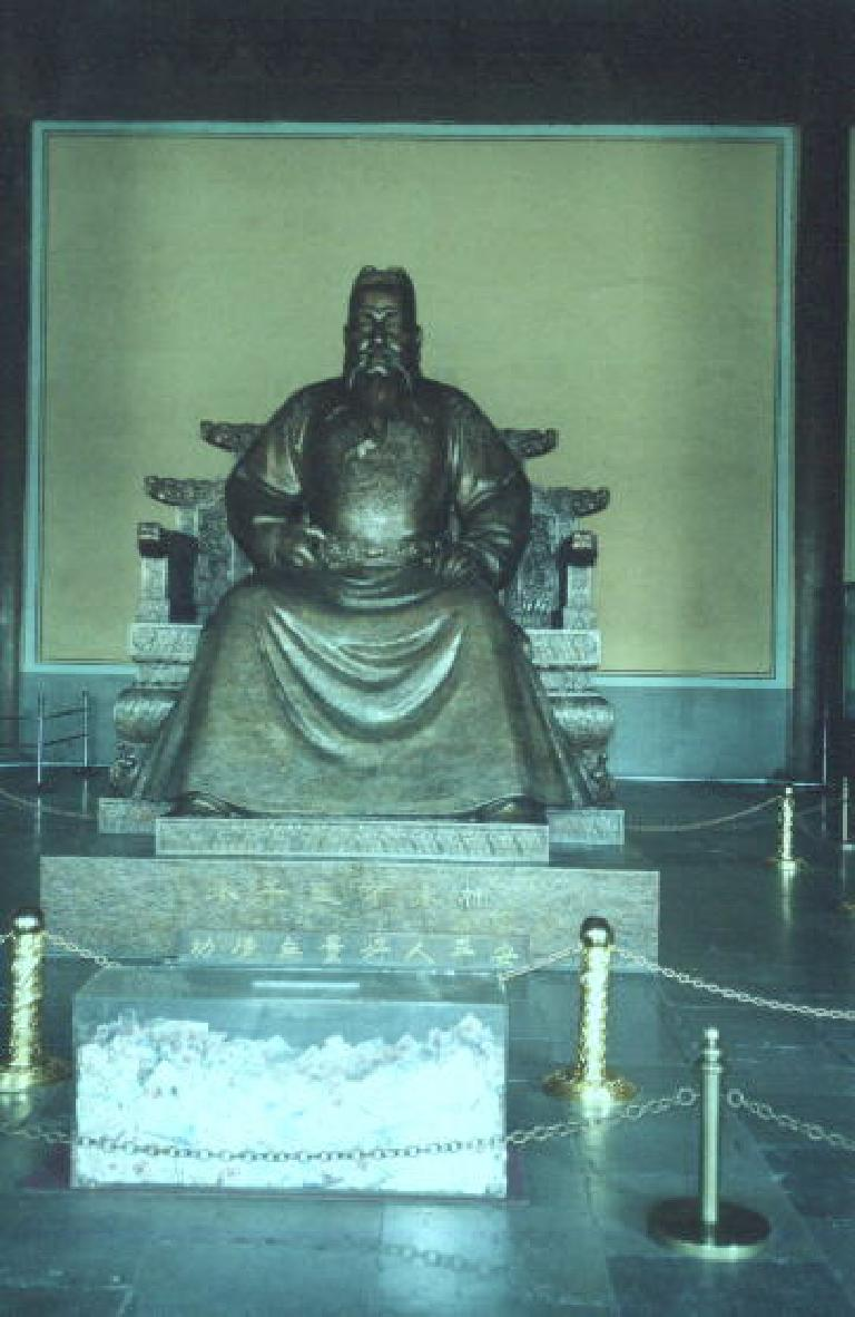 No, not the buddha, but rather a statue of an emperor at the Ming Tombs.  Must have been a Ming... (May 28, 2002)