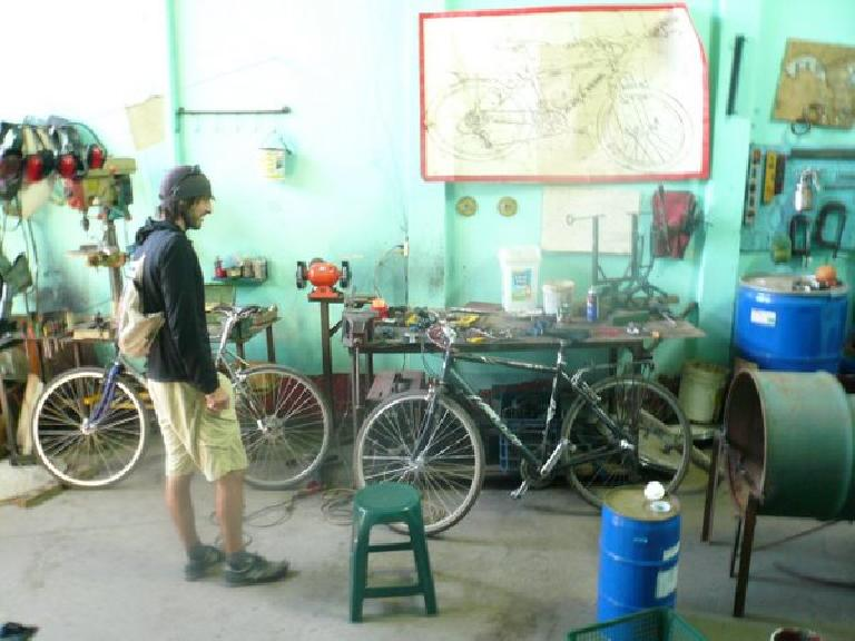 I rode the Fuji on the right.  Note its suspension seatpost.