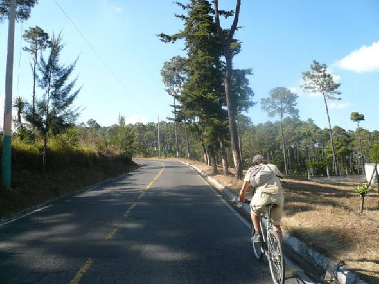 The climb back to Itzapa.