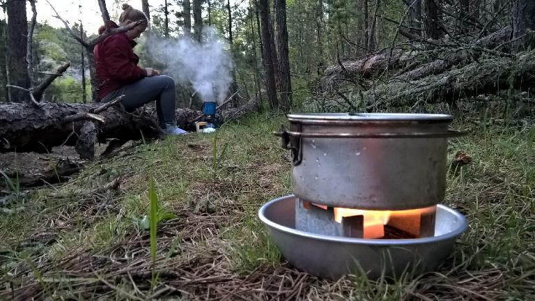 Cooking dinner on the Centennial Trail a couple miles south of Mt. Rushmore Memorial. (May 27, 2016)